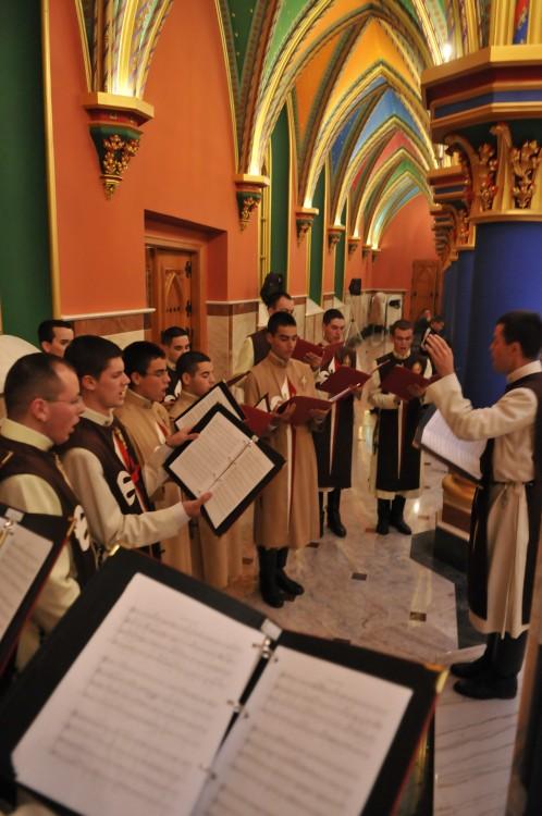 Cânticos durante as Missas