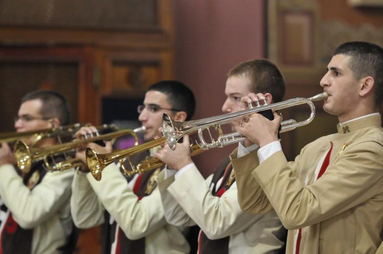 Músicas instrumentais durante as Missas