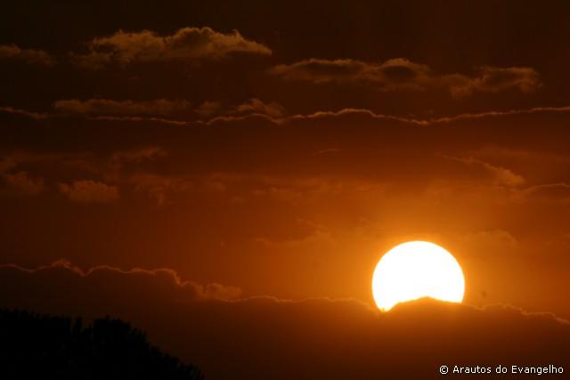 O Sol, imagem de Deus