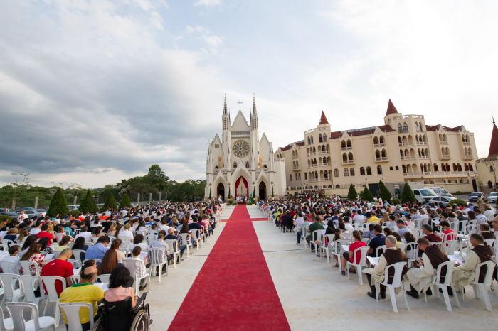 Missa Campal Basilica Nossa Senhora do Rosário de Fátima