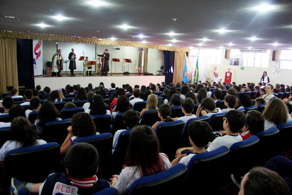 Projeto Futuro&Vida no Centro Educacional Sagrada Família