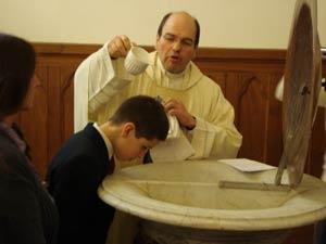 En el primer Sábado de Mes un Bautismo, un nuevo hijo de Dios
