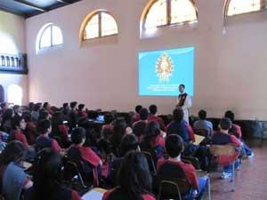 Proyecto Futuro y Juventud en colegios de Santiago
