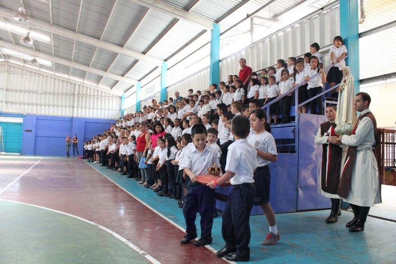 Visita de la Virgen a la Escuela República de Colombia, Naranjo