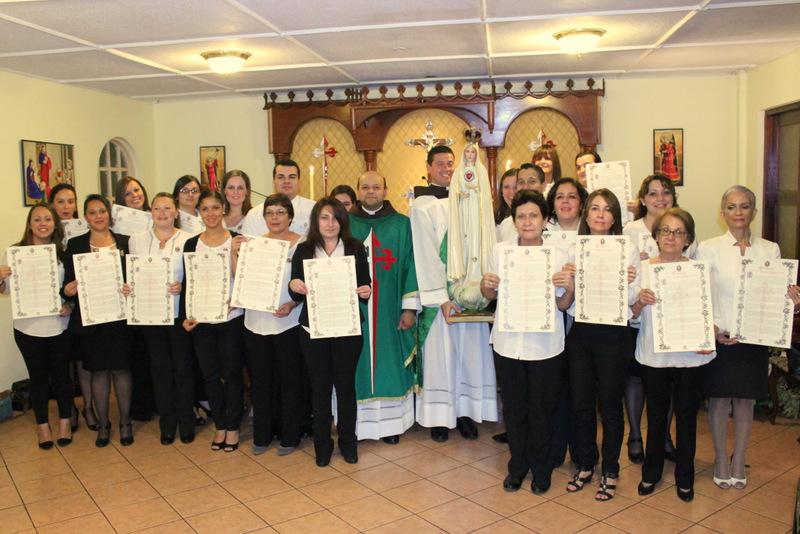 Nuevo grupo se consagra a María según el método de San Luis María Grignon de Monfort