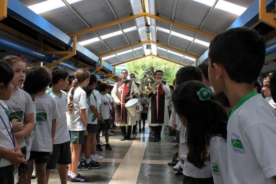 María Santísima visita las escuelas de Costa Rica