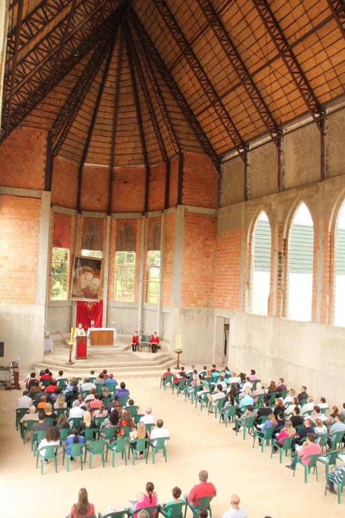 Celebrações na futura Capela de Nossa Senhora do Bom Conselho