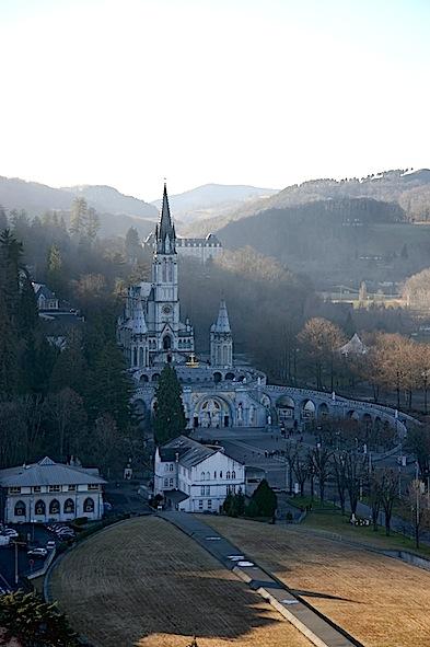 0390_Lourdes