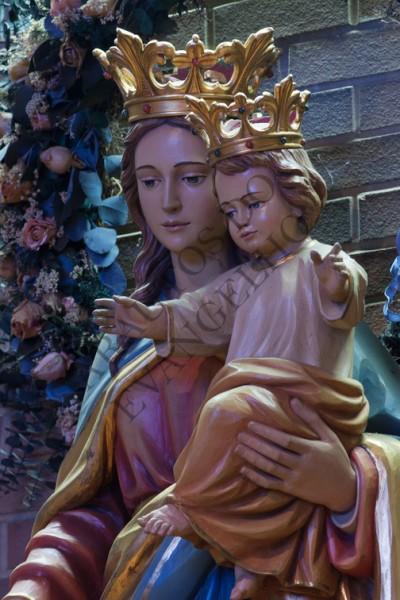 Maria Santíssima, a Medianeira universal de todas as graças