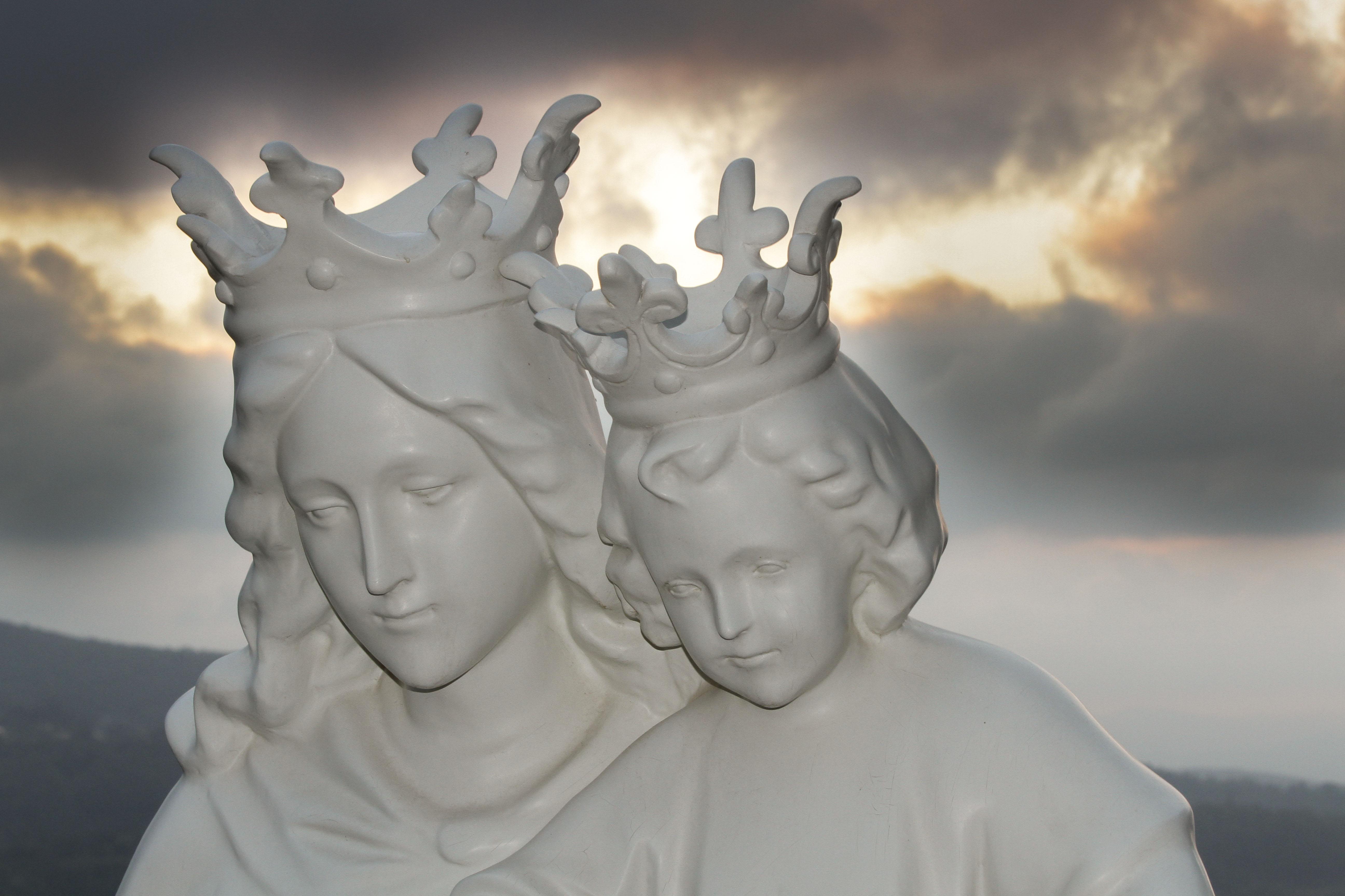 De Maria nunquam satis! – 4