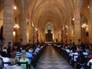 La Catedral de Santo Domingo estaba lotada de fieles.