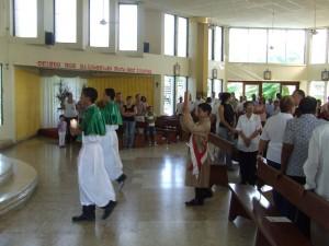 Cortejo de entrada de la Santa Misa