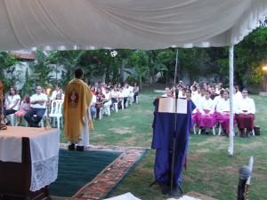 El P. Jose Ramón durante el sermón.