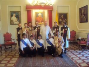 Jóvenes Heraldos junto a Mons. Joseph Wesolowski
