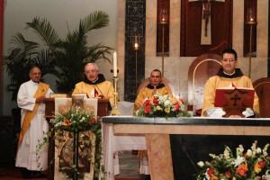 El Rdvo Padre Juan Pablo Merizalde EP, Rdmo Padre Carlos Tejedor Ricci EP, Diacono Miguel Hache y el nuevo Diacono Eduardo Mojica Gomez EP