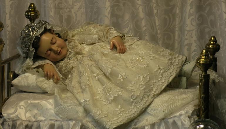 Virgen Niña, venerada en al Básilica de Guadalupe, México