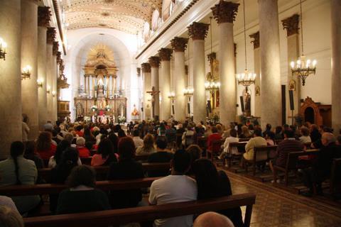 Heraldos del Evangelio - Misa en Morón