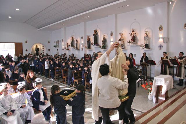 Visita de la Virgen al Colegio Pablo VI