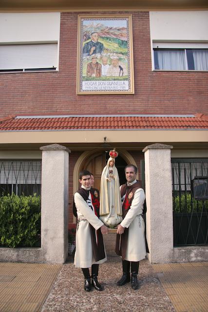 El Hogar Don Guanella recibe a la Virgen de Fátima