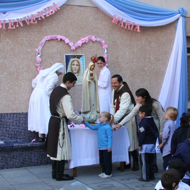 Heraldos del Evangelio - Argentina - Visita al Instituto Provolo