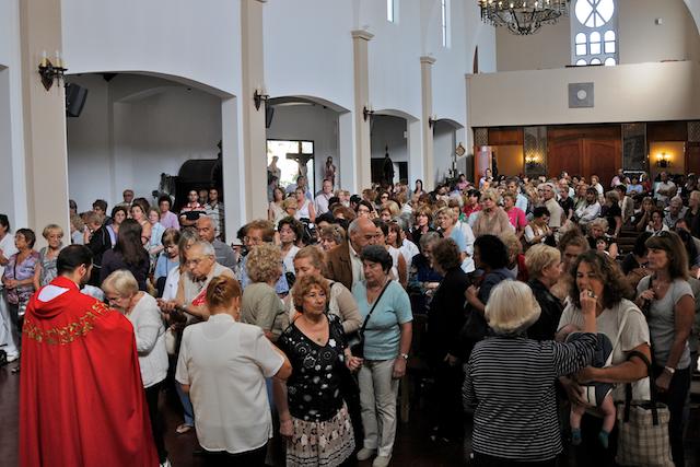 Heraldos en Argentina - Eucaristía en honor a San Expedito