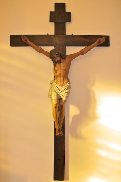 Heraldos en Argentina - Cristo Crucificado