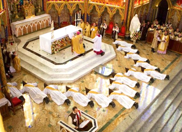 Heraldos del Evangelio - Argentina - Ordenación Sacerdotal del 19 de marzo