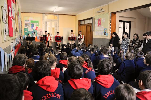 Heraldos del Evangelio - Visita al Colegio San Maximiliano Kolbe