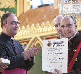 Mons diploma_13