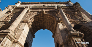 Arco_Romano_Septimo_Severo_Foro_Roma_Italia