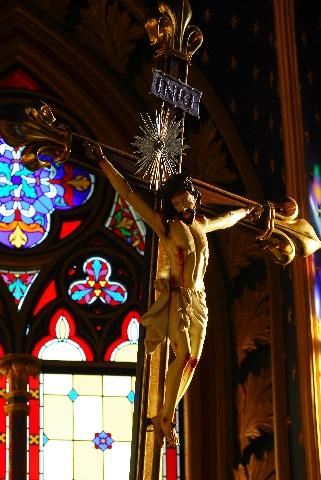 Corpus Christi, salva me. Sanguis Christi, inebria me. Aqua lateris Christi, lava me.Amen.