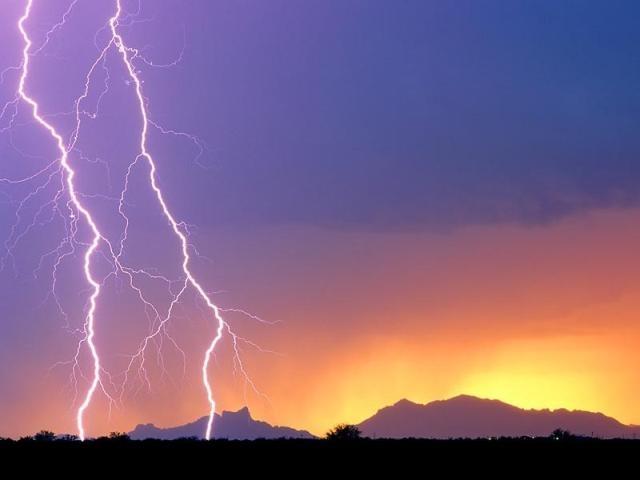 005 - diluvio_luz_ocaso_pordosol_raio_trovao_skyline_horizonte_beleza_ceu_nascerdosol_aurora