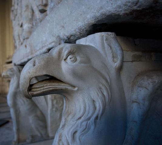 aguia romana_aquila_eagle_arend_Adler_Aigle_romain_Romanische_Roma