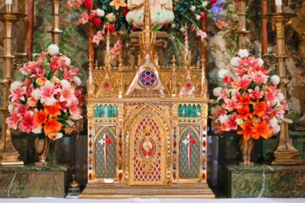 Sacrário da Basílica Nossa Senhora do Rosário - Arautos do Evangelho