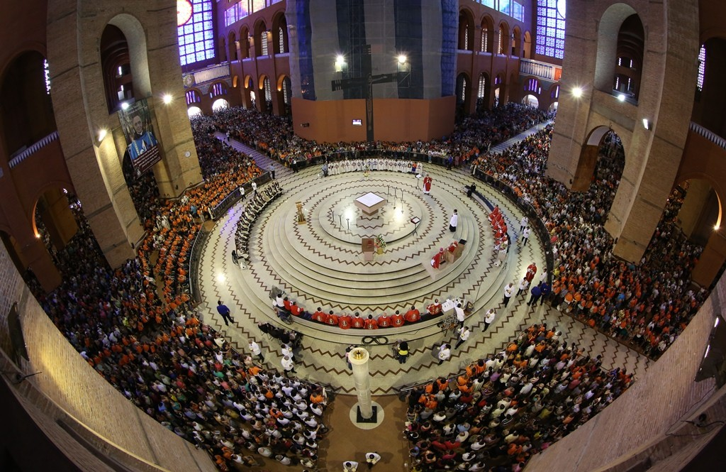 Missa Solene no Santuário de Aparecida em 2014