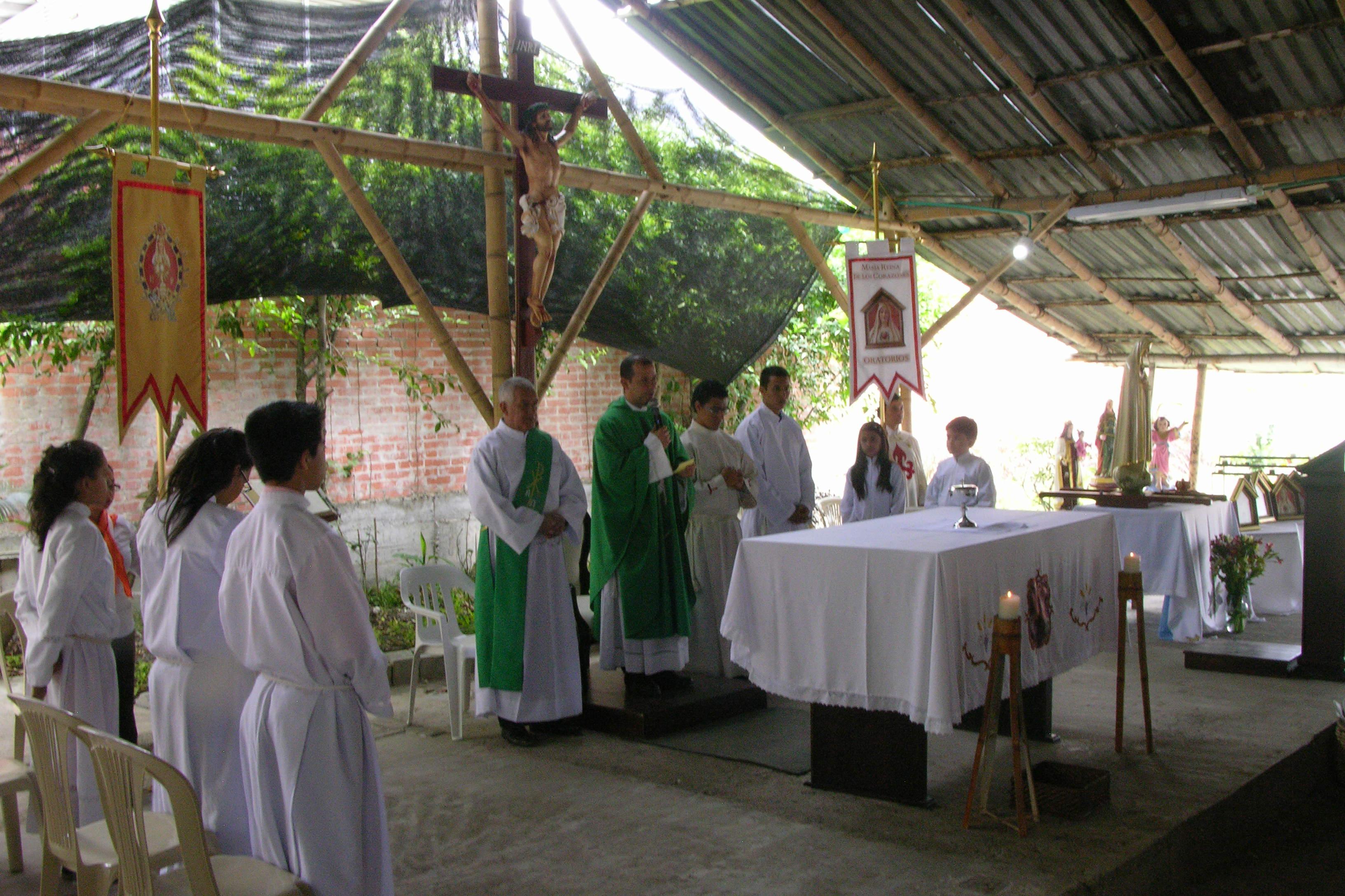 colegio maria auxiliadora medellin colombia: