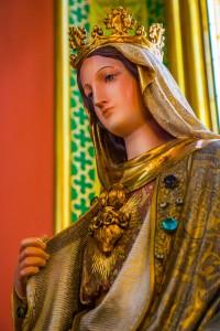 """Conhece a origem da oração """"Ave-Maria""""?"""