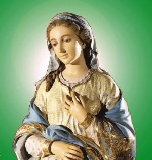 À espera do Filho, contemplemos a Mãe