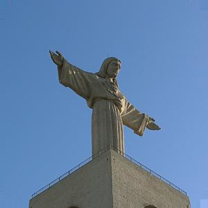 Monumental Imagem do Cristo Rei
