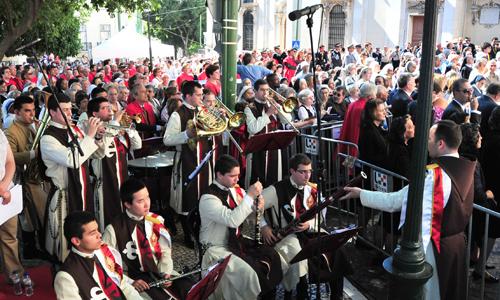Coro e banda dos Arautos do Evangelho