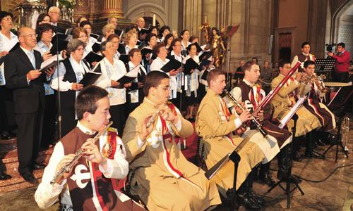 Coro do Sameiro com a orquestra dos Arautos do Evangelho