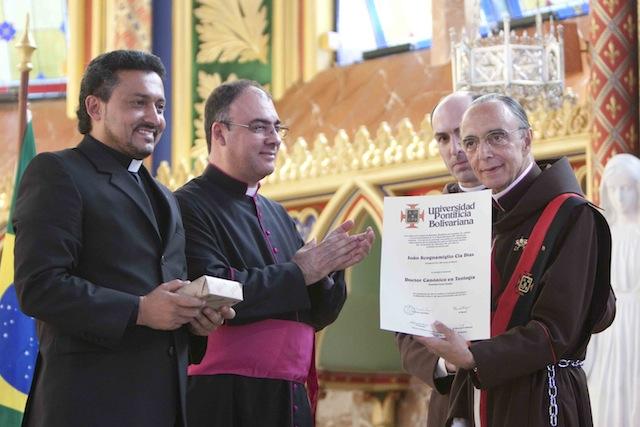 Entrega do Diploma_Doutor em Teologia