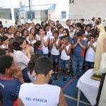 Oração em Conjunto no Centro Edu. Rosa dos Ventos