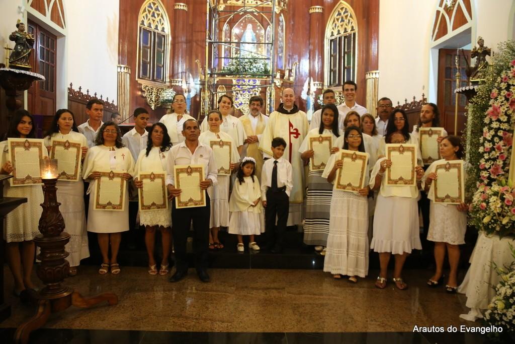 Consagração a Nossa Senhora - Paróquia Nossa Senhora das Graças - Maceió