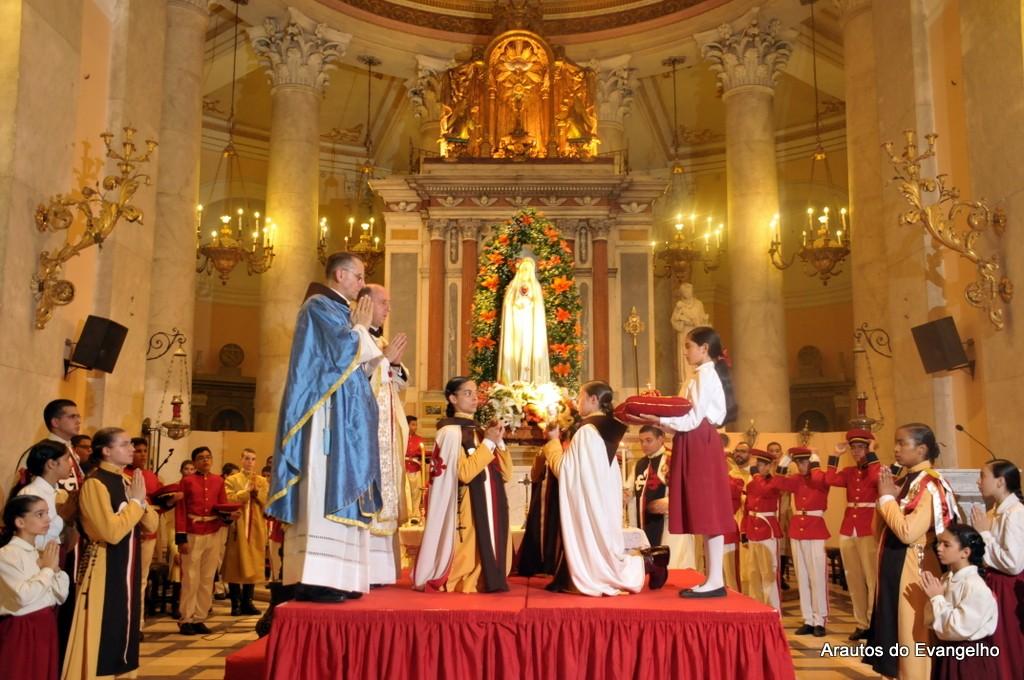 13 de Maio de 2016 - Missa Basílica da Penha - Recife - PE