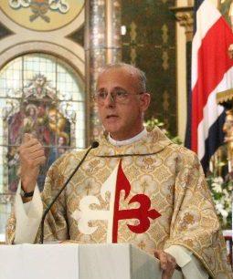 Padre Rafael Ibarguren, EP