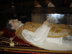 Visita reliquiasSJuanBosco  15.5.10 075