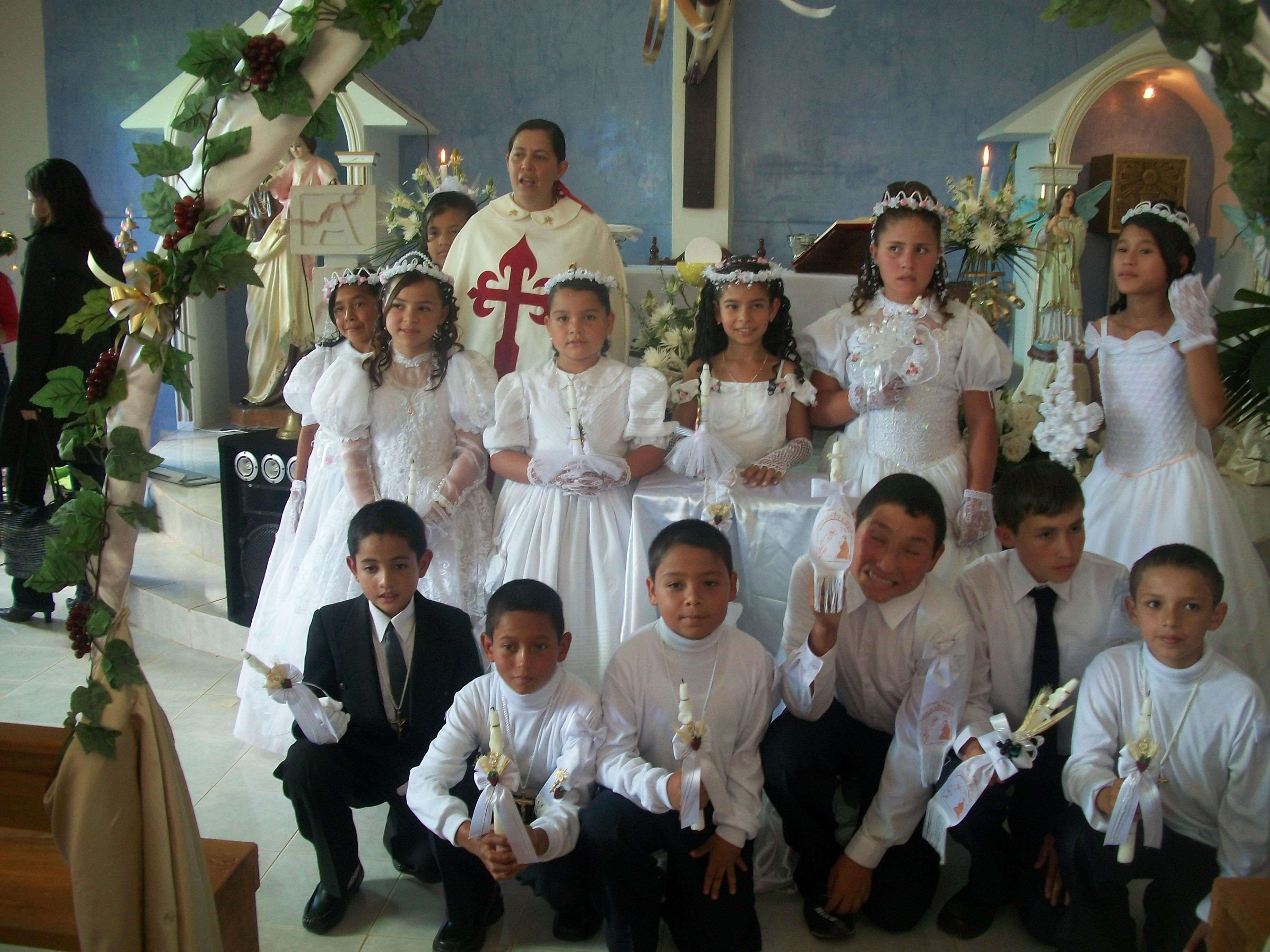 imagenes de ninos de primera comunion