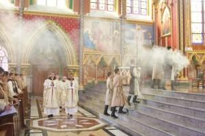Cortejo inicial da Misa de Corpus Christi.