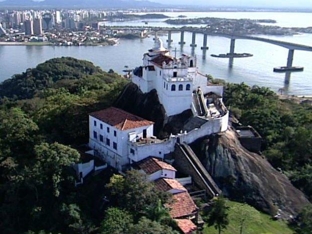 igreja-nossa-senhora-da-penha_vila-velha-2_claudiamatarazzo